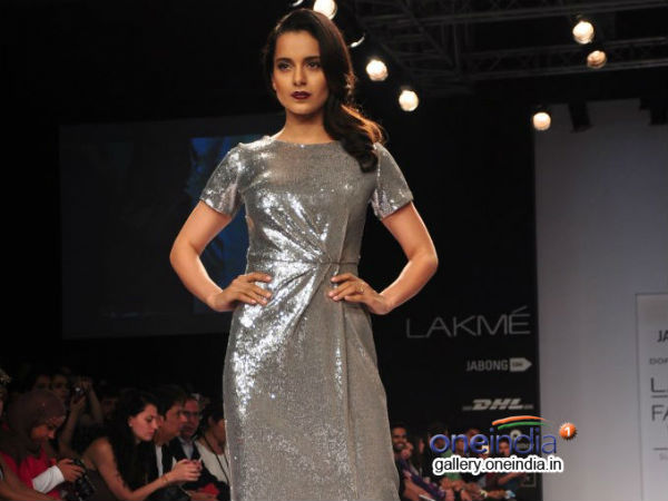Photo: Kangana Ranaut Walks The Ramp At Lakme Fashion Week 2014
