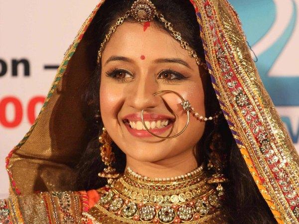 Paridhi Sharma Not Quitting Jodha Akbar | Paridhi Sharma ...
