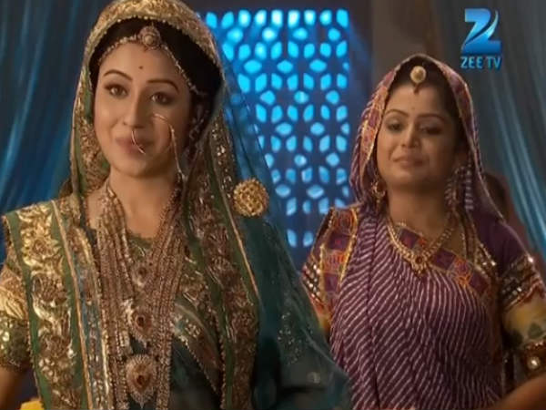 Jodha Attends The Celebrations