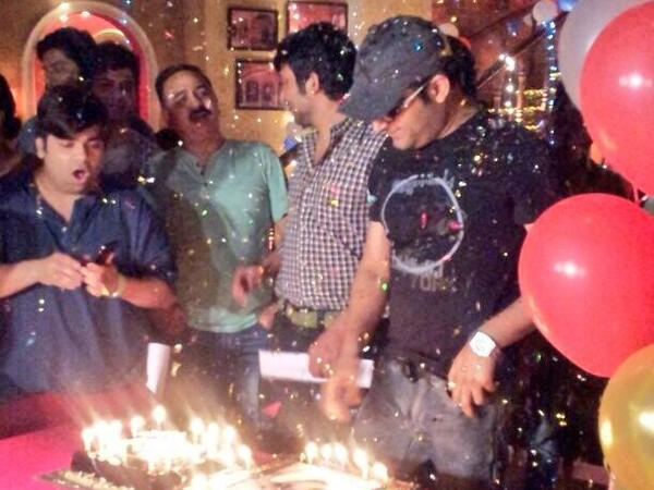 Kapil Celebrated With Cast