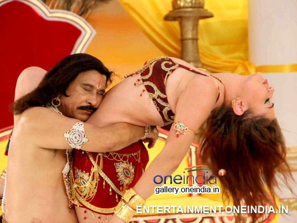 Anna's Item Song Rathi Manmatha