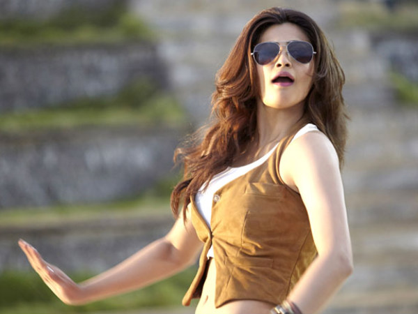 Daisy Shah To Play Female Lead In Kannada Version Too