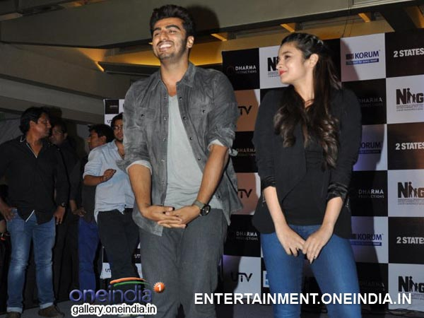 Arjun Kapoor and Alia Bhatt on 2 States promotion