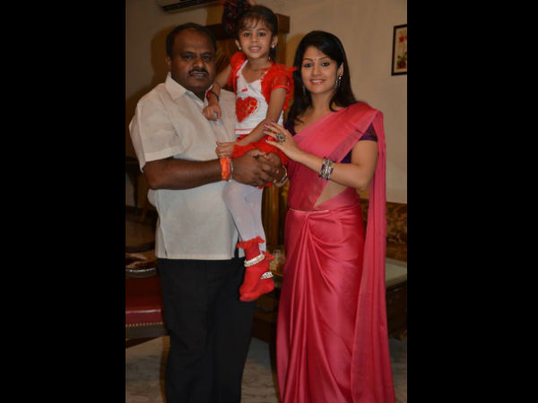Radhika With Her Husband Kumaraswamy