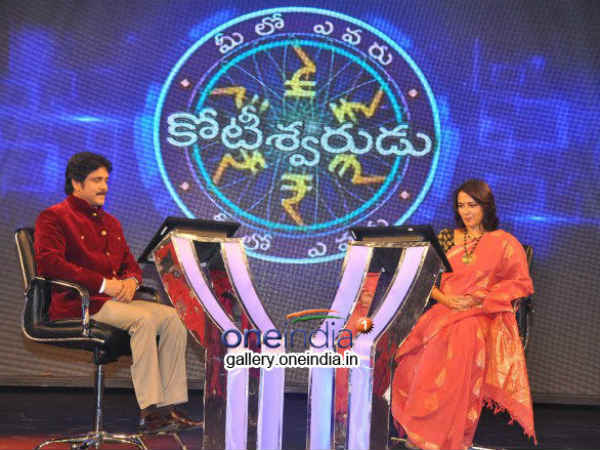 Amala On Hot Seat Opposite Nagarjuna
