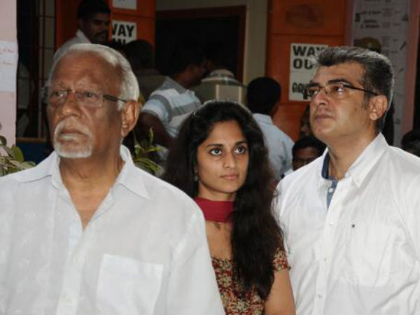 Photo: Ajith's Family Standing In A Queue To Cast Vote