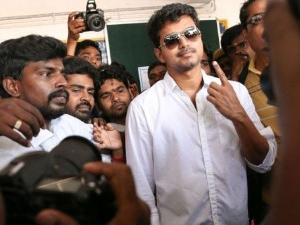 Vijay  Cast His Vote In Adyar