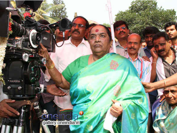 Parvathamma Rajkumar Turned On The Camera
