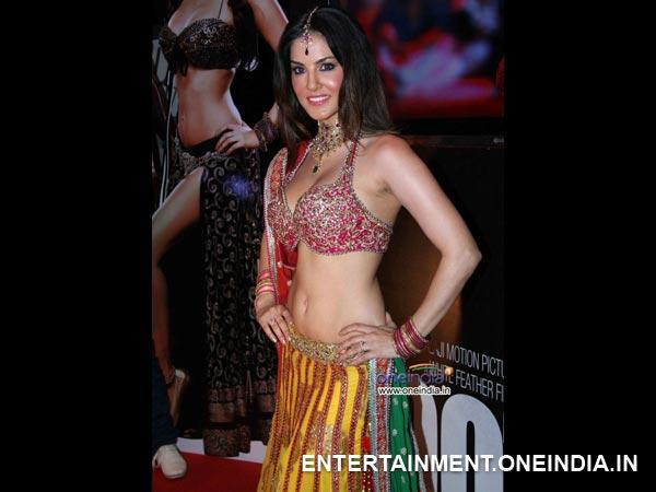 Bollywood Actresses Navel Pics Movie  Bollywood Actresses -1211