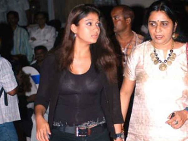 Nayantara With Her Mom Omana Kurian