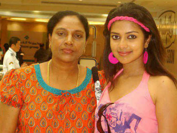 Amala Paul With Her Mom Annice Paul