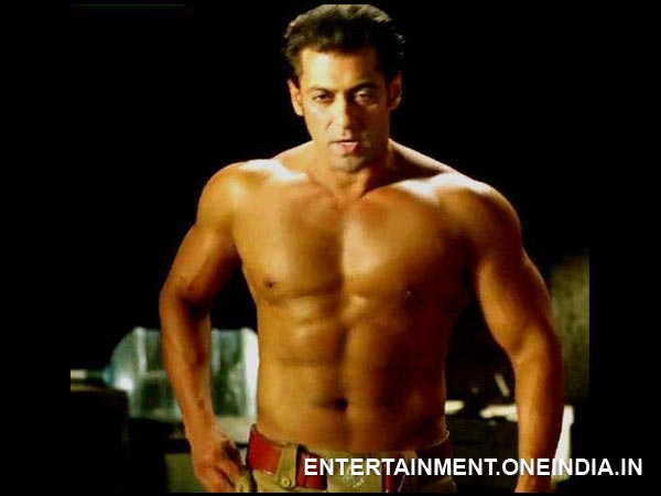 Memorable Shirtless Moments Of Salman Khan