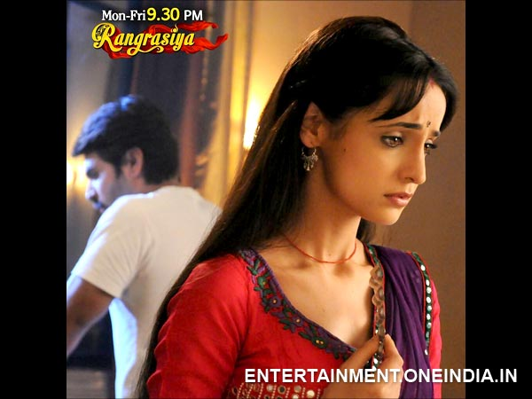 Rangrasiya: 15th May; Will Rudra Tell Paro The Truth About His Past With Laila?