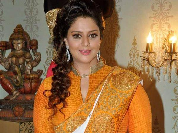 Nagma Defeated in Meerat