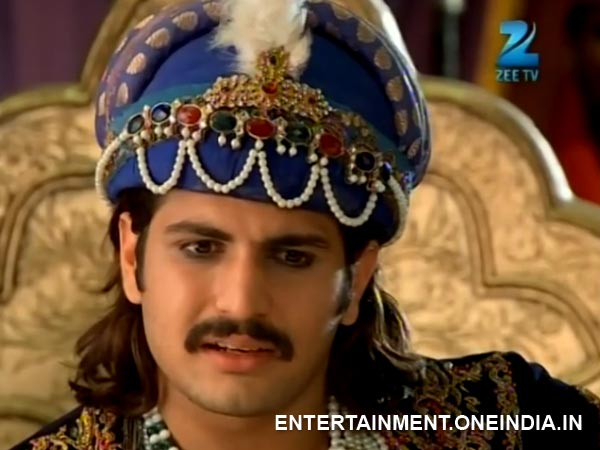Jalal Accepts Greetings