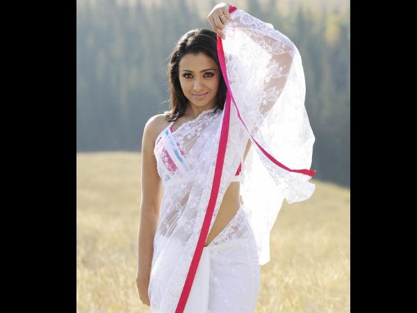 Vinnaithandi Varuvaya Trisha In White Saree | LINEPC