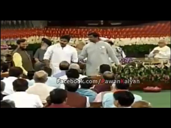 Pawan Kalyan Meets Senior BJP Leaders