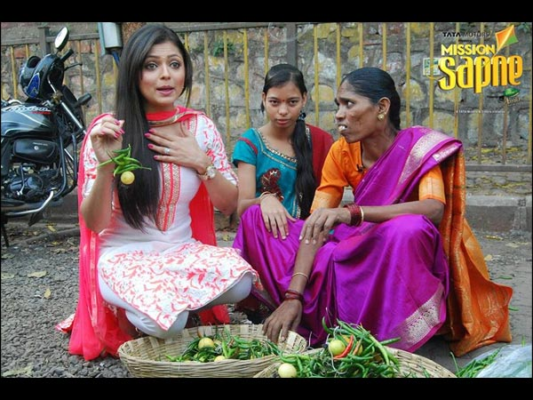 Drashti Dhami As Nimbu Mirchwali On Mission Sapne