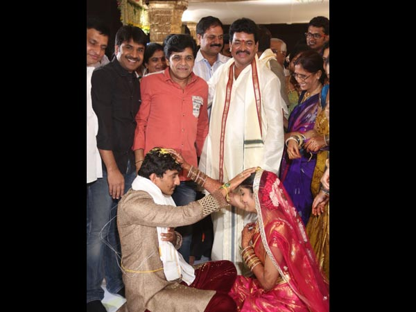 Ali And Sriniviasa Reddy At Sivaji Raja's Daughter's Wedding