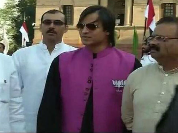 Vivek Oberoi At Narendra Modi's Swearing In Ceremony