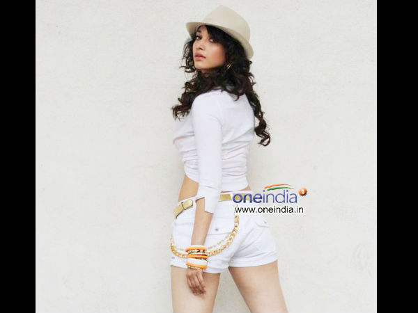 Photo: Tamanna In Orange And white Top With Shorts