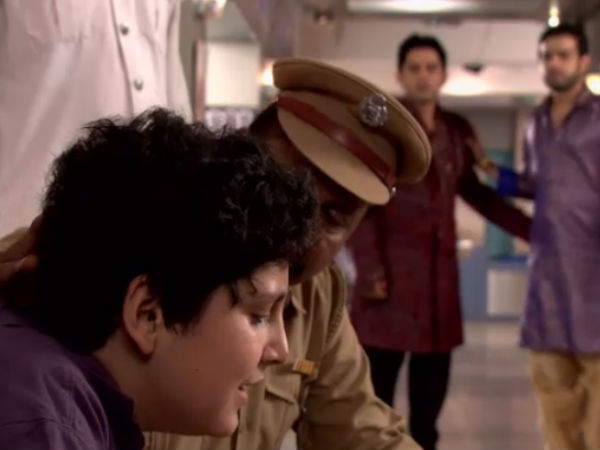 Raman And Mihir In Hospital
