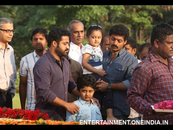 Junior NTR's Bonding With Kalyan Ram's Children