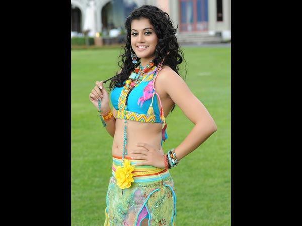 Taapsee Pannu's Height