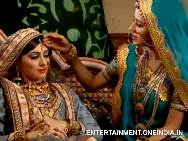 Jodha Takes Care Of Rukhaiya