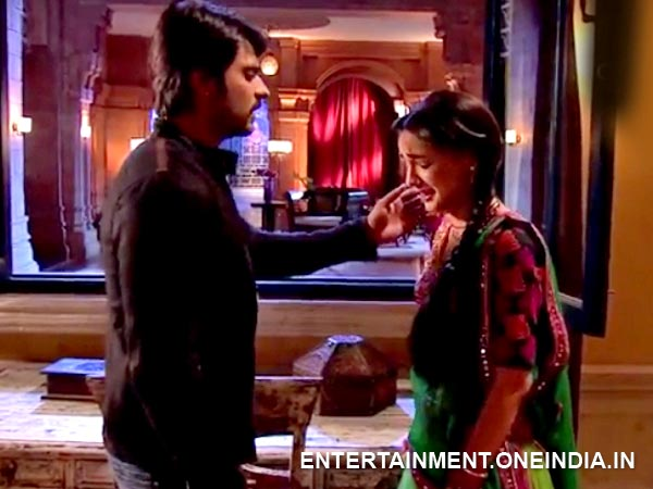 Rudra Finds Paro Crying