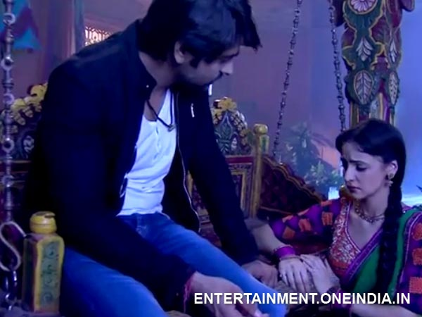Rudra Requests Paro To Sing