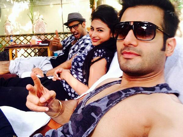 Karan With Co-Contestants