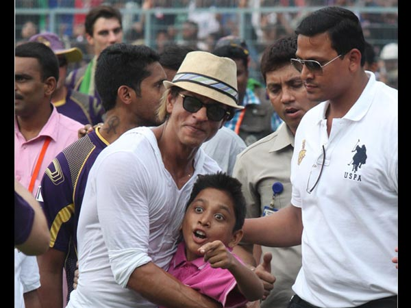 Shahrukh And His Young Fan