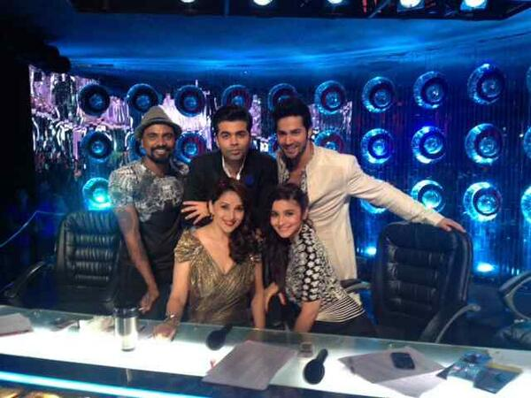 Alia And Varun With Judges