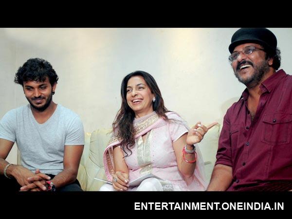 Photos: Juhi Chawla Wishes Ravichandran, Manoranjan For