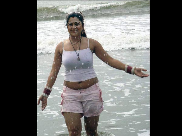 Tamil Actress Khushboo's Height