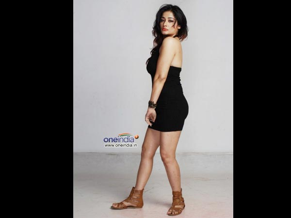 Tamil Actress Kiran Rathod's Height