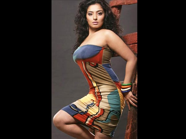 Tamil Actress Mumtaz Height