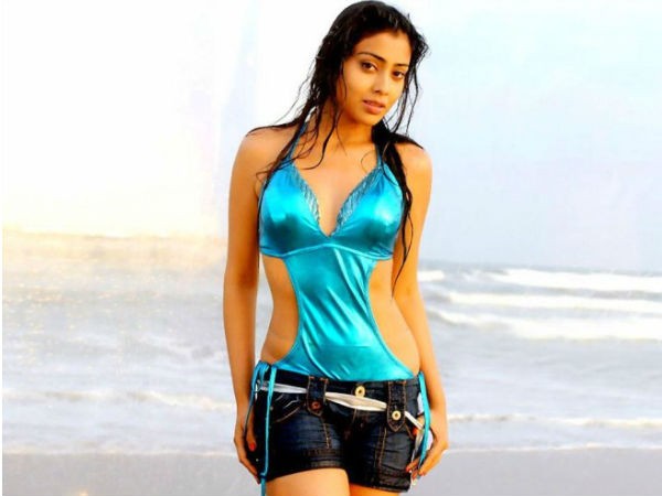Tamil Actress Shriya / Shreya Height
