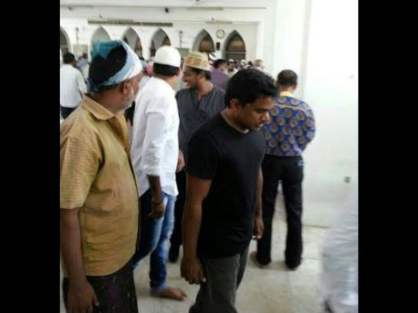 Yuvan, Jai Along With Others At The Mosque