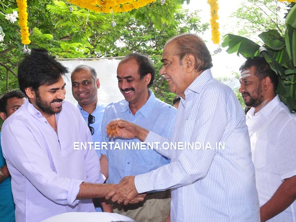 Pawan Kalyan's Bonding With D Ramanaidu