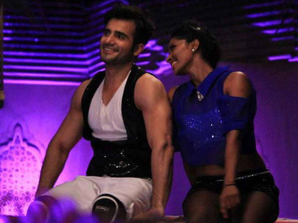 Performance In The Jhalak House