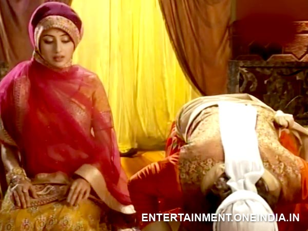 Jodha Follows Jalal
