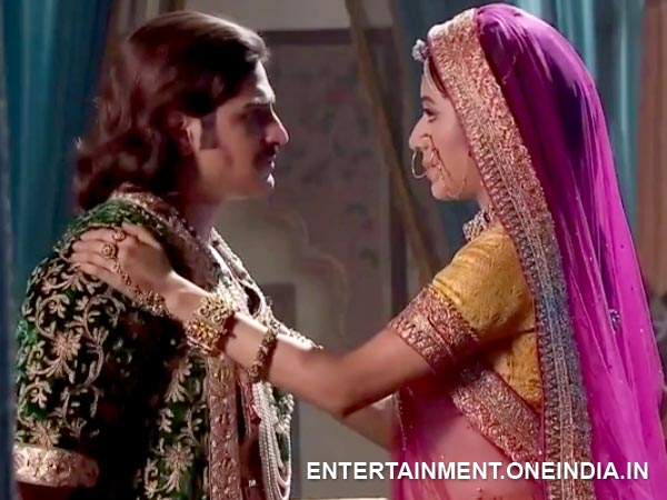Jodha Encourages Jalal
