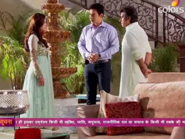 Aaliya Offers To Decorate Zain's Office