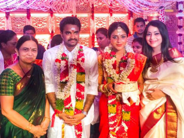 VJ Ramya At Amala-Vijay Marriage