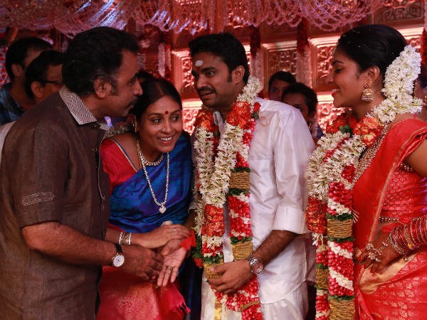 Ponvannan And Saranya At Vijay-Amala Paul's Marriage