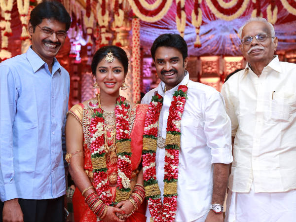 Subbu Panchu Arunachalam With Amala Paul And Vijay