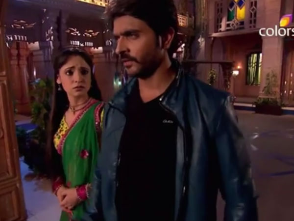 Paro Pours Heart Out, Rudra Indifferent