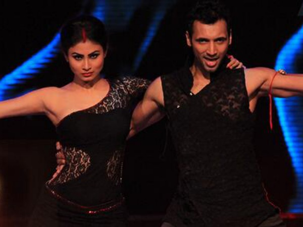 Mouni-Punit's Sensuous Act